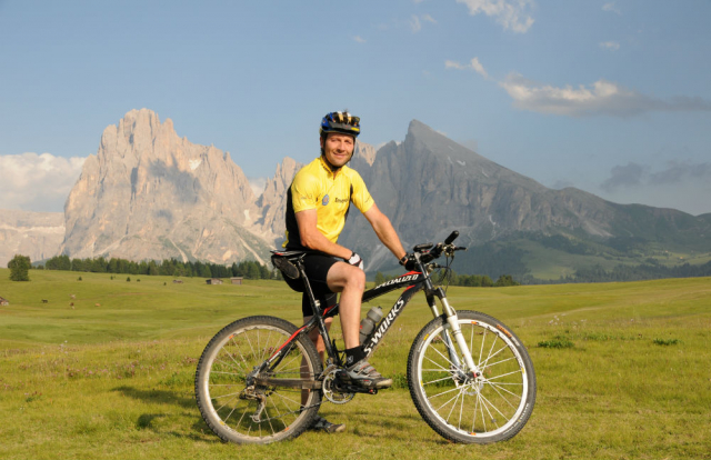 Garni Aretia - emanuel bike guide